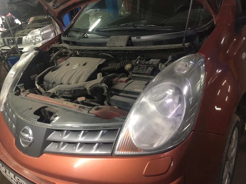 Nissan Note: причины стуков в подвеске