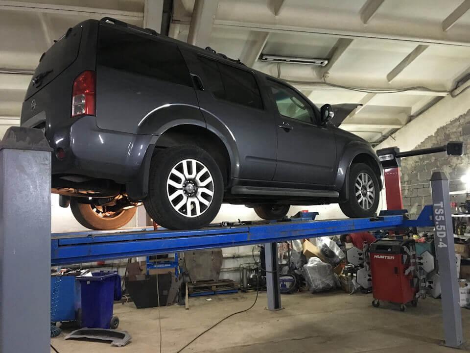 Nissan Parthinder R51: ремонт подвески